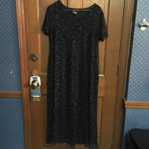 EUC Vintage Black with Sheer Sparkles Whirlaway